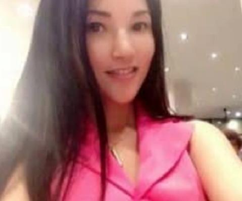 アジアンビューティーな感じの美しいくびれを持つ、Eカップ美人!