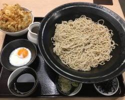 日本食紹介!!カラオケ嬢と遊ぶ前にタニヤのそば屋で腹ごしらえ@@