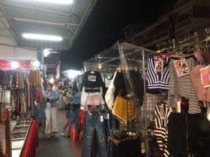 ホイクワン ナイトマーケット バンコク